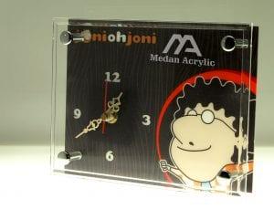 Jam acrylic